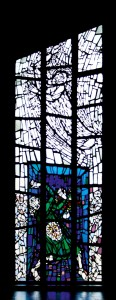 Kirche St. Gabriel Fenster blau